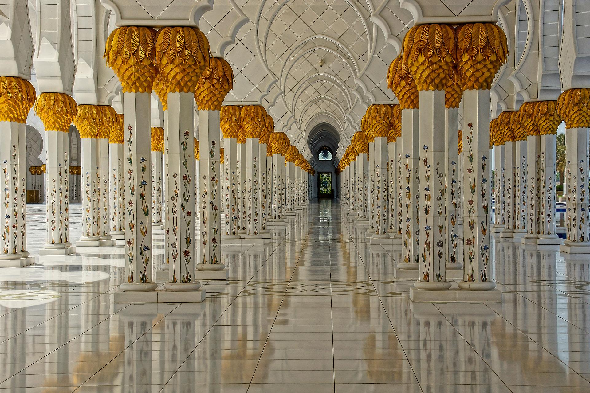 Sheik Zayed Grand Mosque, © 2018 Helge Hasenau