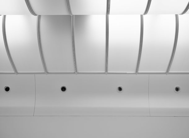 © 2018 Helge Hasenau, Deckenbeleuchtung Ausstellungsraum